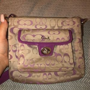 Coach Crossbody!! GENTLH USED AND BEAUTIFUL